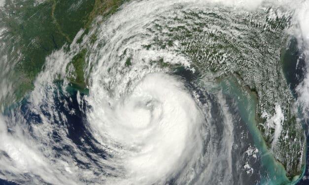 Prepare for Hurricane Isaac as it Threatens Gulf States