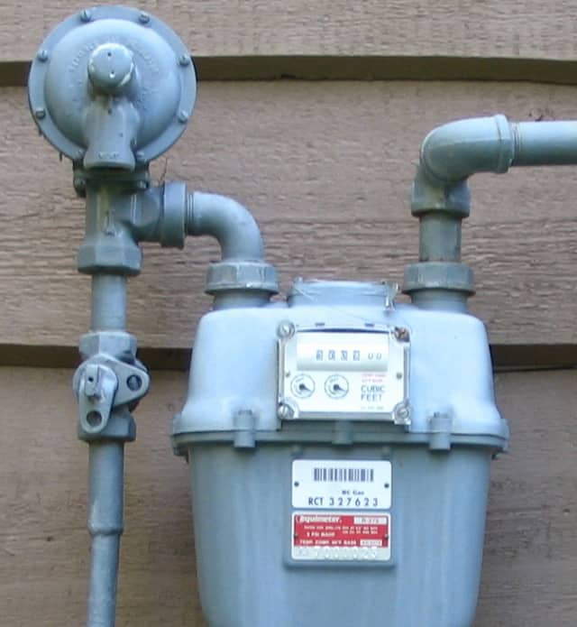 how to use a pressure regulator