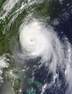 Hurricane Arthur impacts the USA Coast over the Noth Carolina Outer Banks.