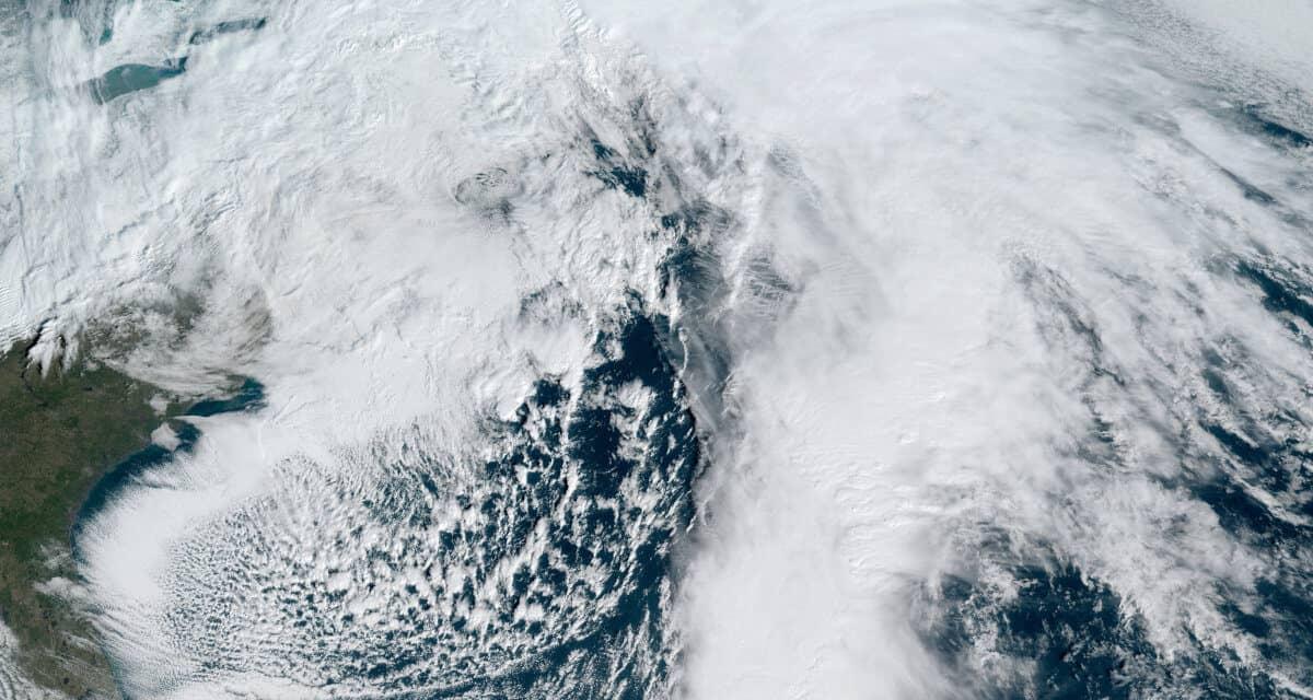 Winter Storm Orlena—2021 Nor'easter Pummels Northeast